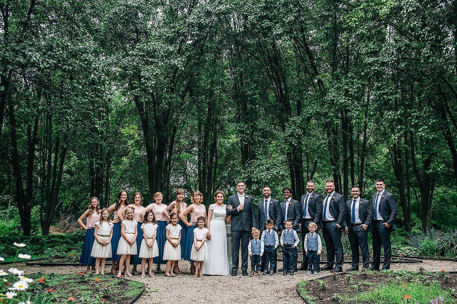 wedding party portraits in delaware ohio
