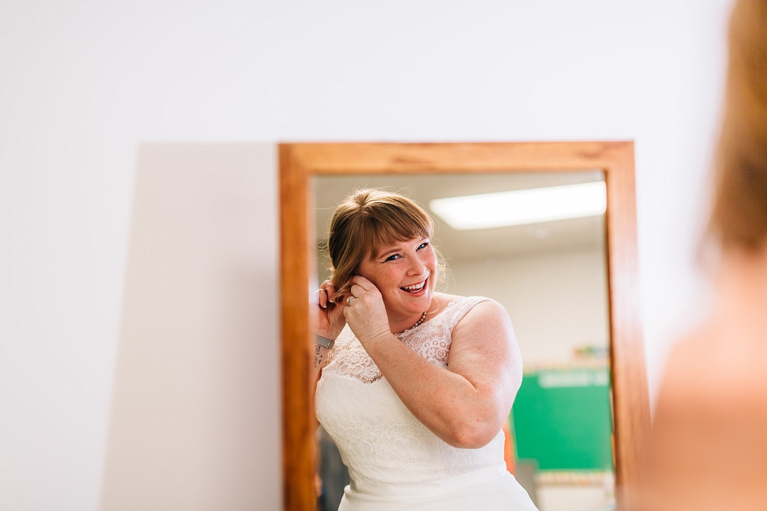 bride gets ready for church wedding in delaware ohio