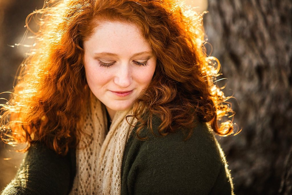 redhead outdoor golden hour senior portraits in lancaster ohio