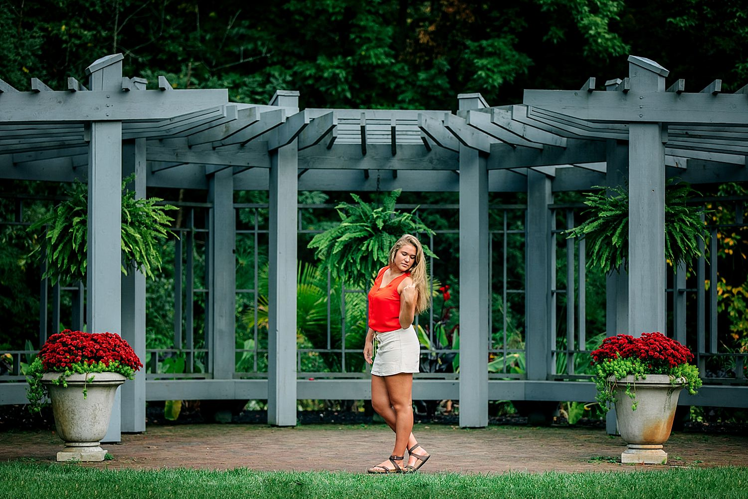 outdoor high school senior portraits near columbus ohio