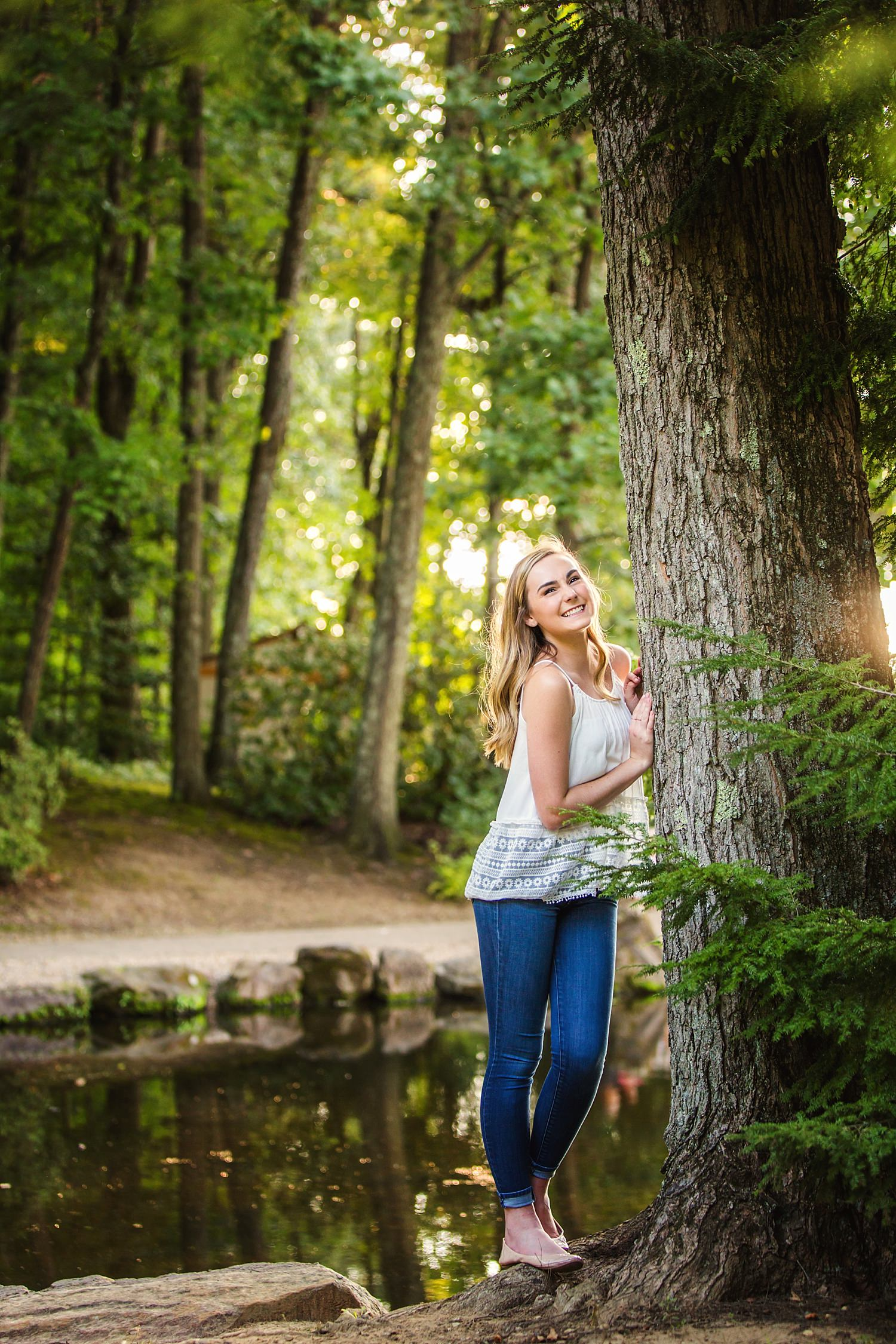 outdoor natural light High school senior portraits dawes arboretum newark ohio