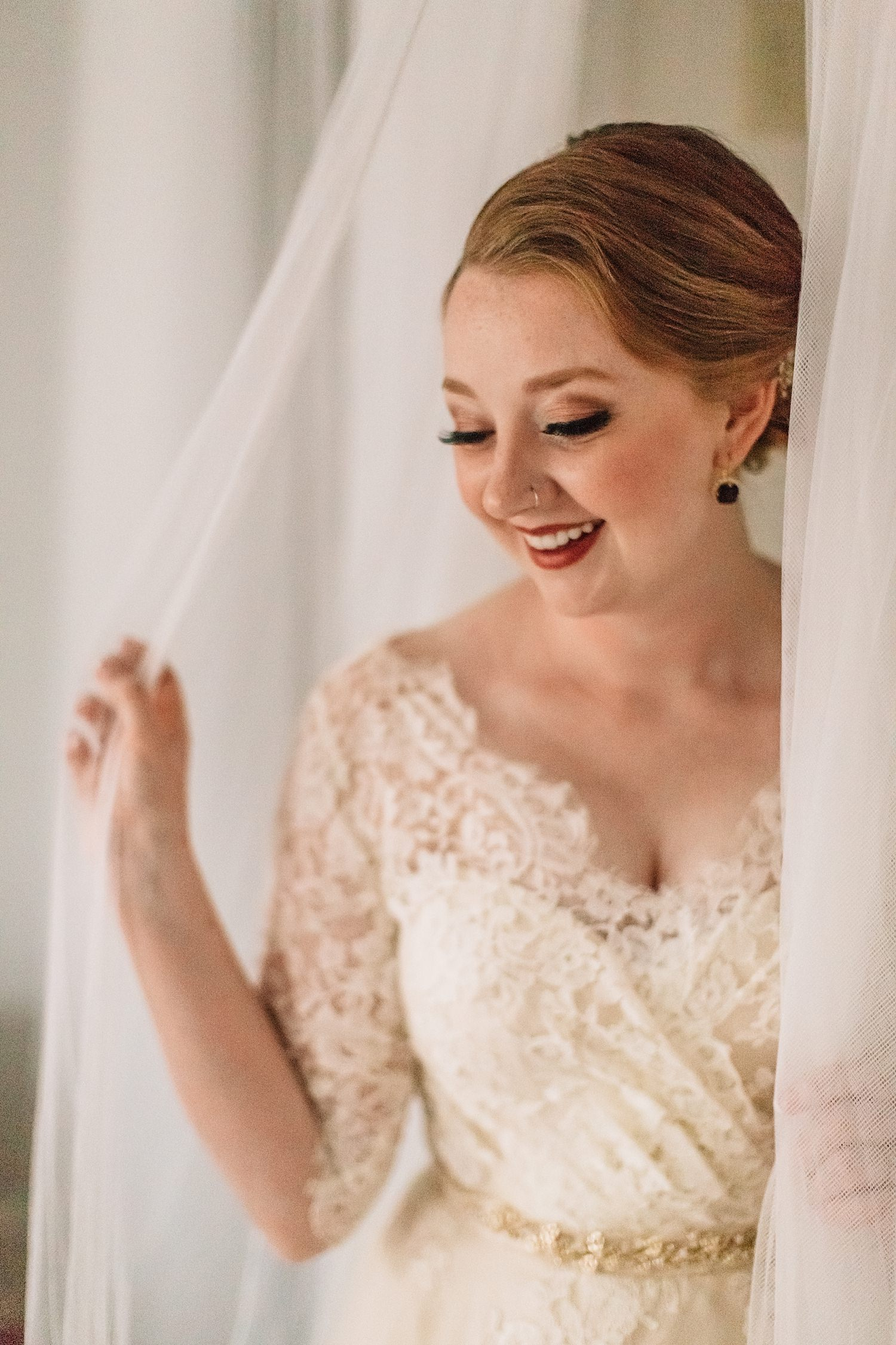 bride getting ready at AirBnB in german village ohio