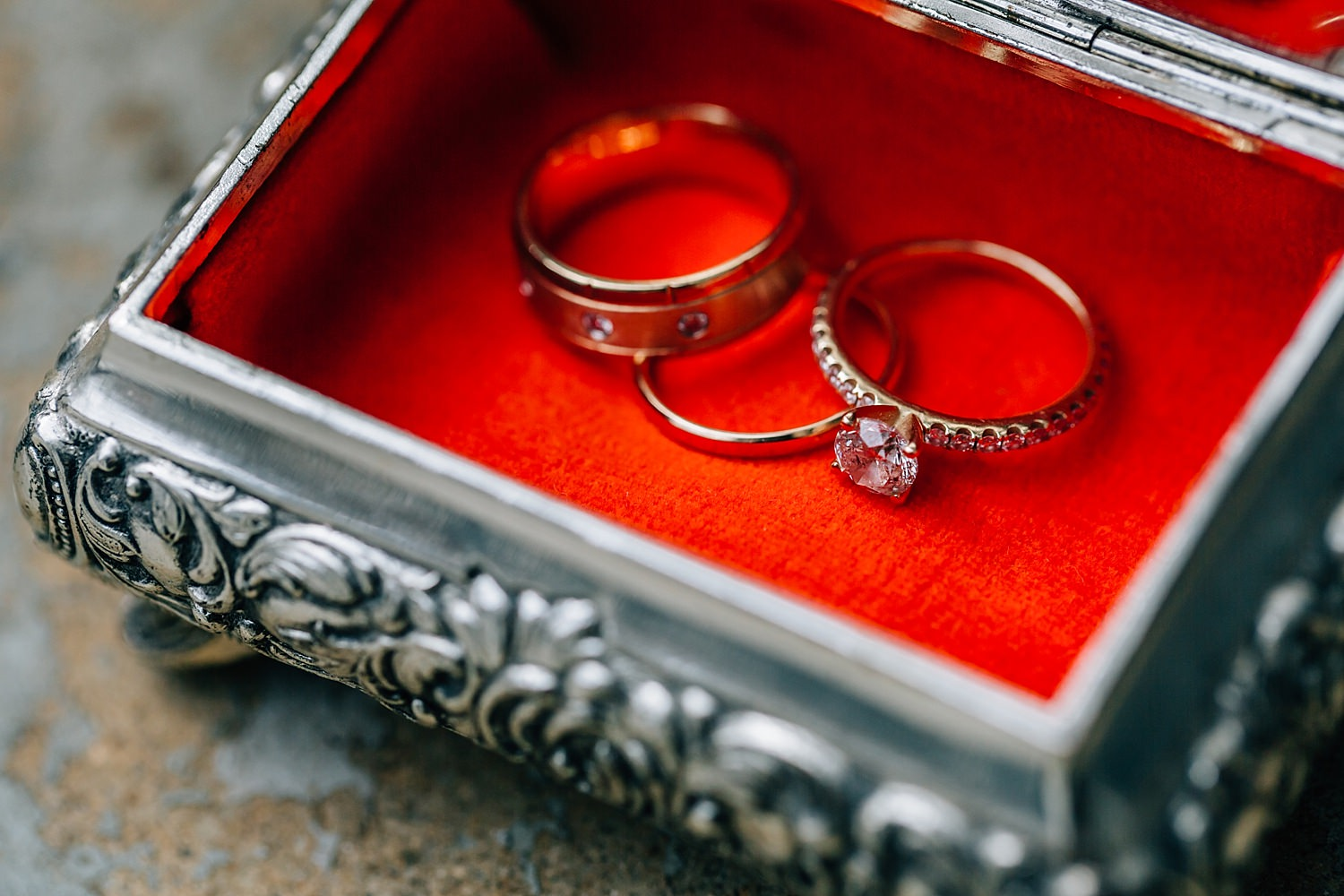 wedding rings in antique box