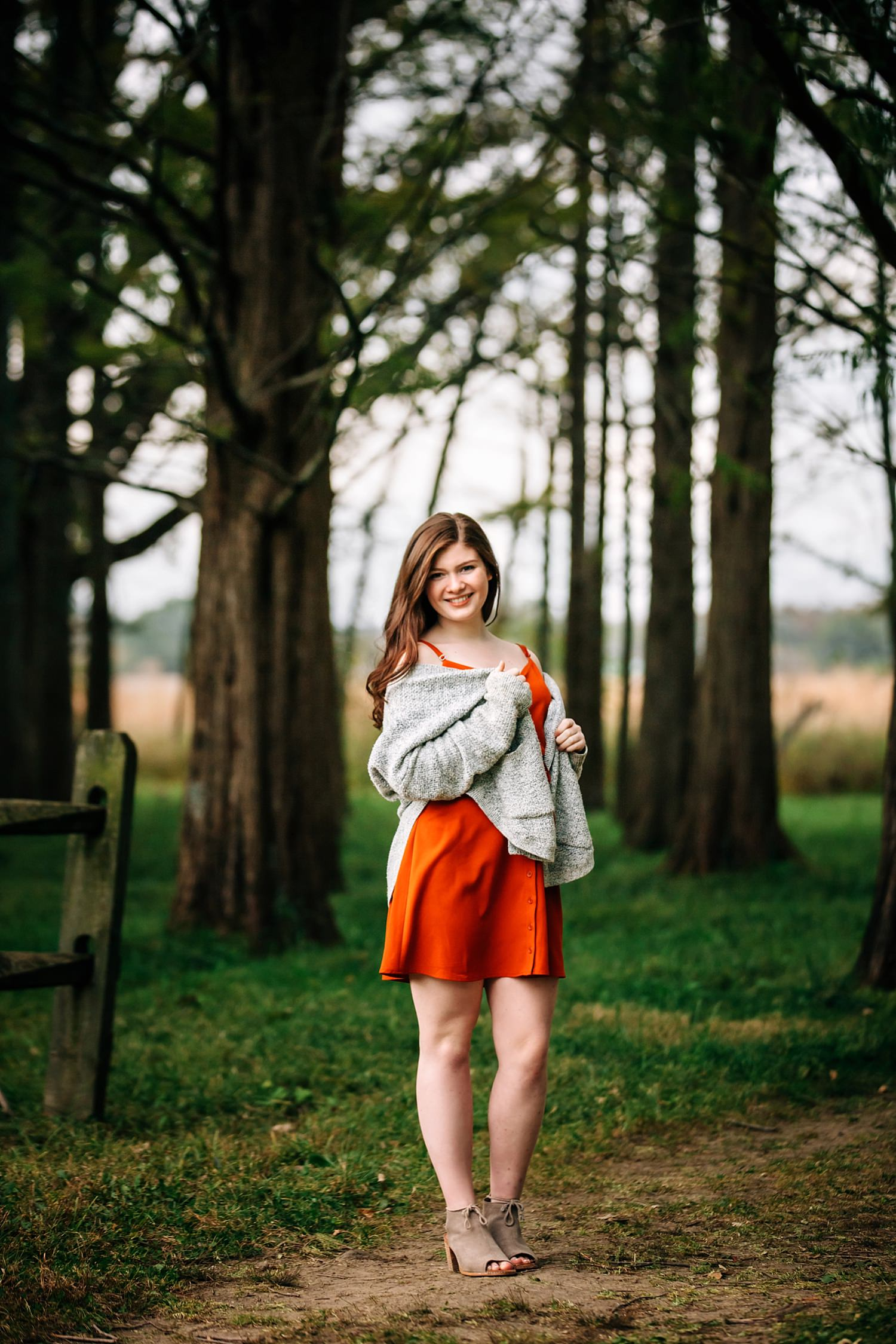 high school senior portrait of girl in nature in granville ohio by sara devere formerly sara long photography
