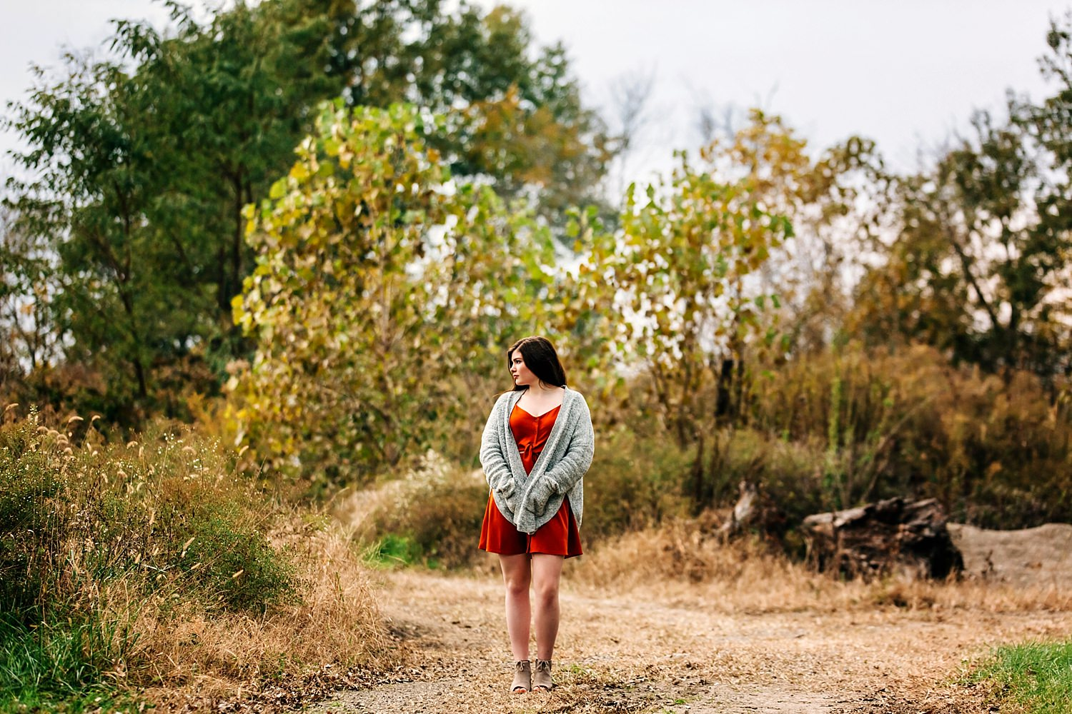 dramatic image of girl in nature for senior portraits in granville ohio by sara devere formerly sara long photography