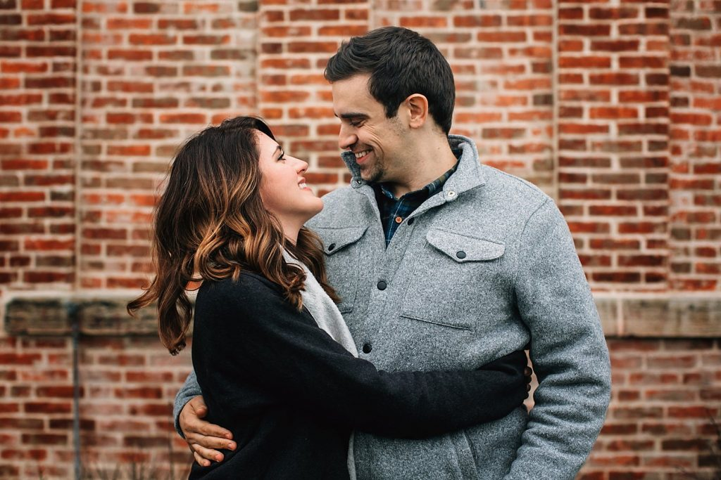 outdoor natural light couple in front of church in delaware ohio